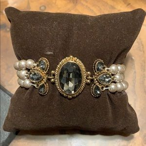 Splendid Iris Bracelet